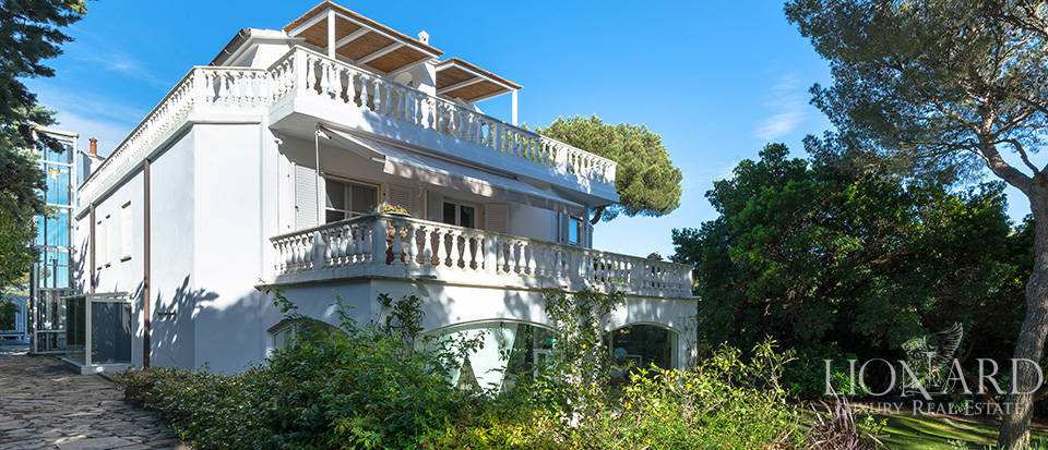 luxury villa for sale on the sea of tuscany jp