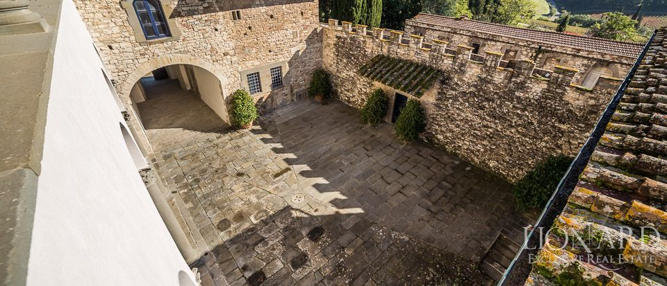 Castle for Sale in Tuscany, in the Chianti area Image 40