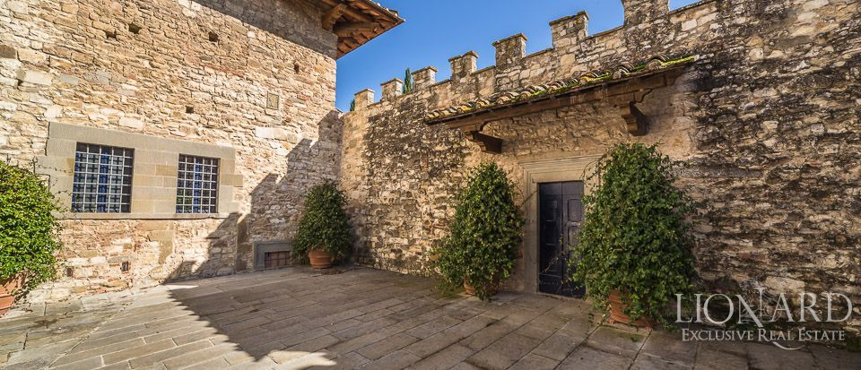 Castle for Sale in Tuscany, in the Chianti area Image 15