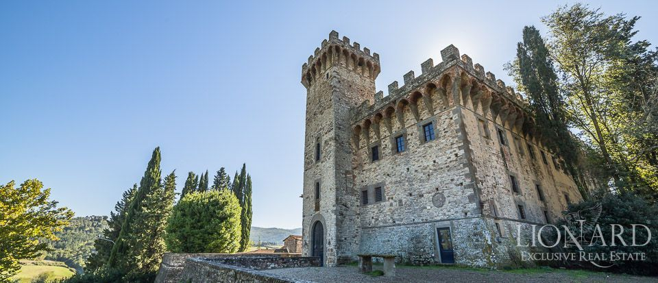 Castle for Sale in Tuscany, in the Chianti area Image 5