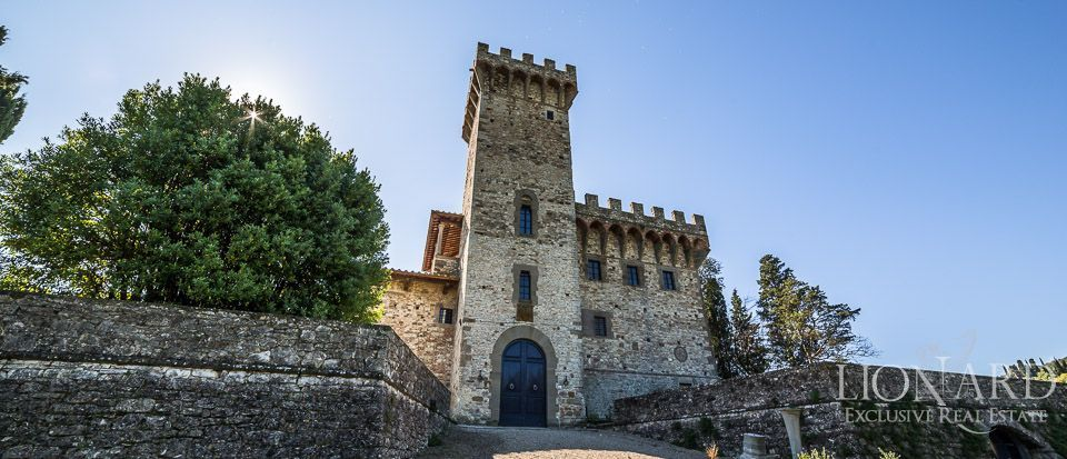 Castle for Sale in Tuscany, in the Chianti area Image 4