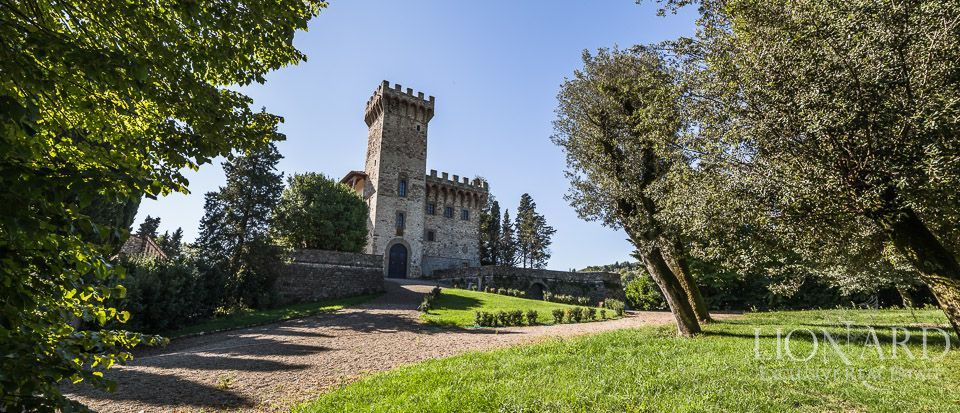 Castle for Sale in Tuscany, in the Chianti area