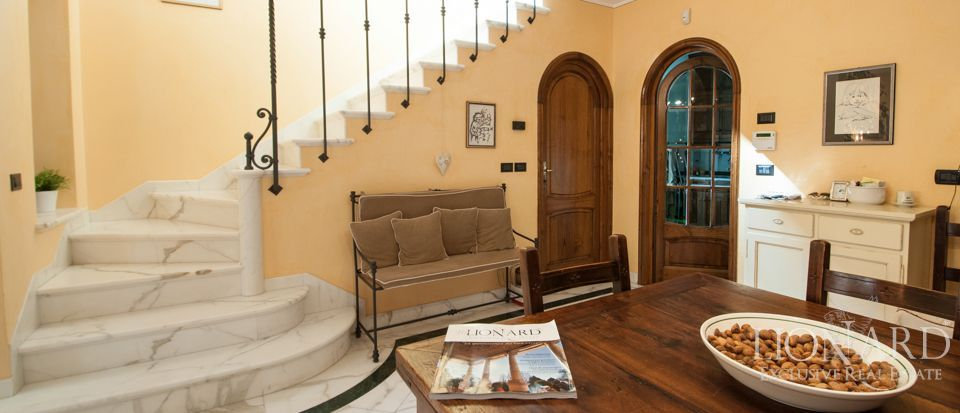 Villa For Sale - Luxury Homes Italy Image 16