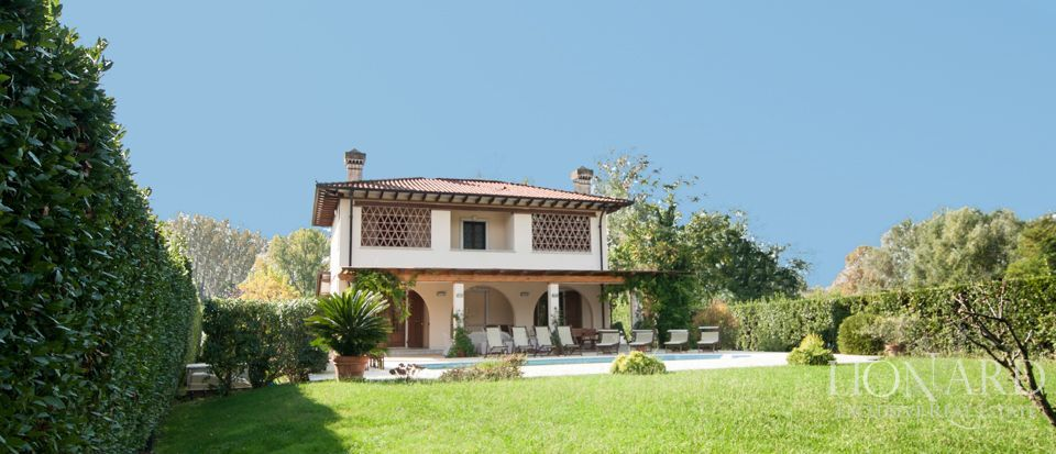 Villa For Sale - Luxury Homes Italy Image 3