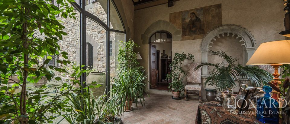 Castle For Sale in Italy - Luxury Homes Italy Image 40
