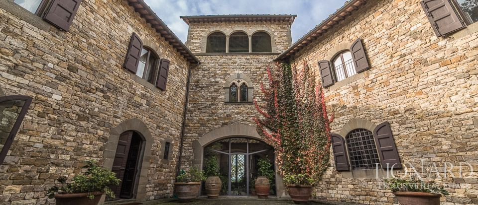 Castle For Sale in Italy - Luxury Homes Italy Image 25