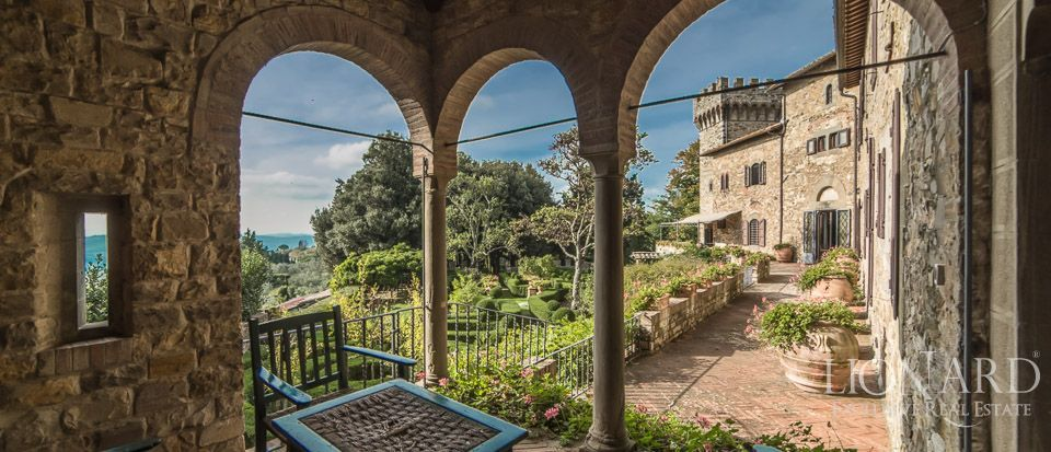 Castle For Sale in Italy - Luxury Homes Italy Image 24