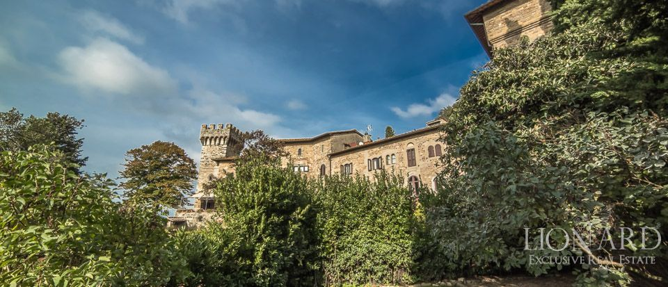 Castle For Sale in Italy - Luxury Homes Italy Image 23