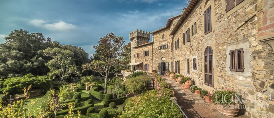 Castle For Sale in Italy - Luxury Homes Italy Image 13