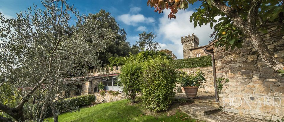 Castle For Sale in Italy - Luxury Homes Italy Image 10