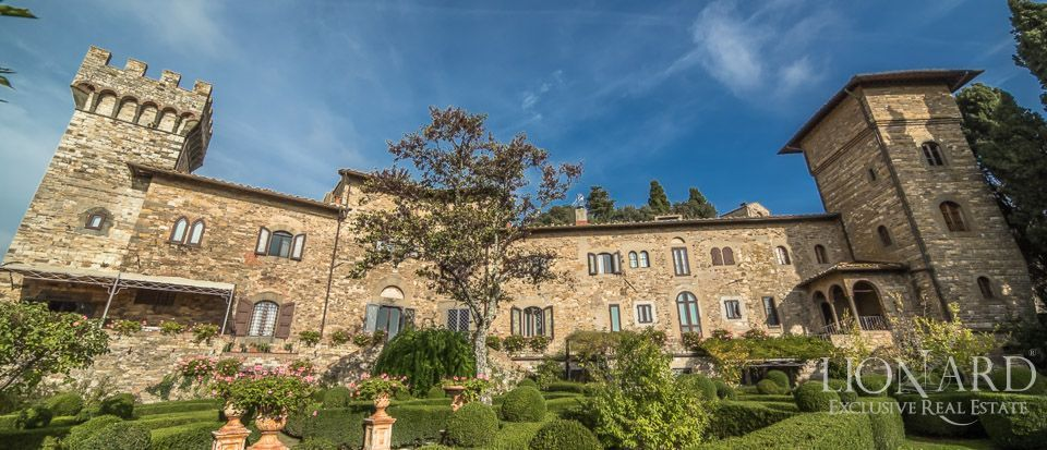 Castle For Sale in Italy - Luxury Homes Italy Image 3