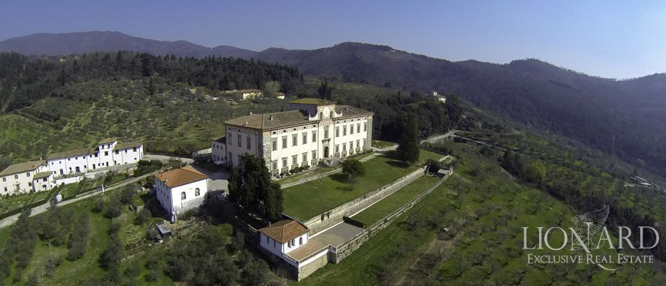 historic villa for sale in tuscany