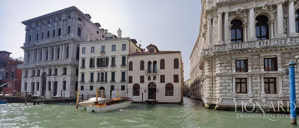 historic villa for sale in venice