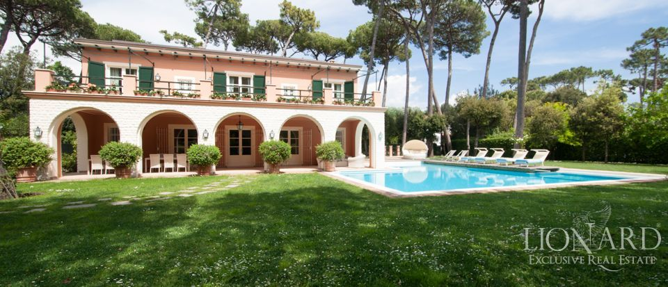 Luxury italian real estate for sale in forte dei marmi for Lionard luxury real estate