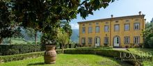 historic villas for sale in lucca