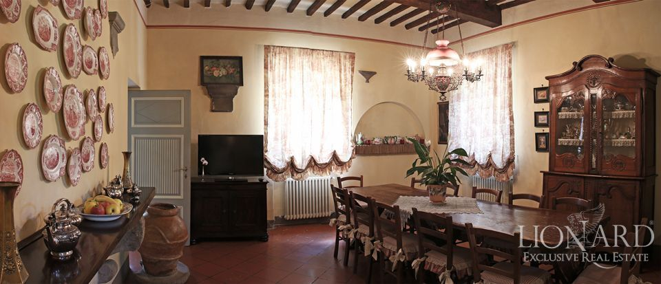 Historic villas for sale in Lucca Image 37