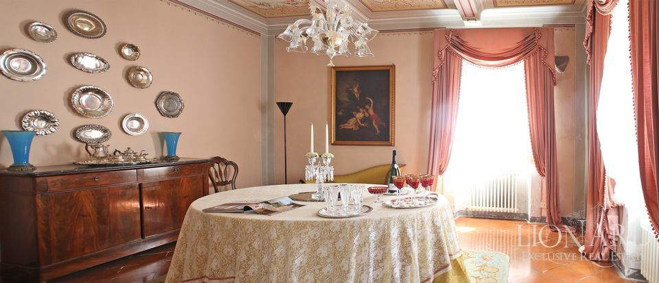 Historic villas for sale in Lucca Image 26