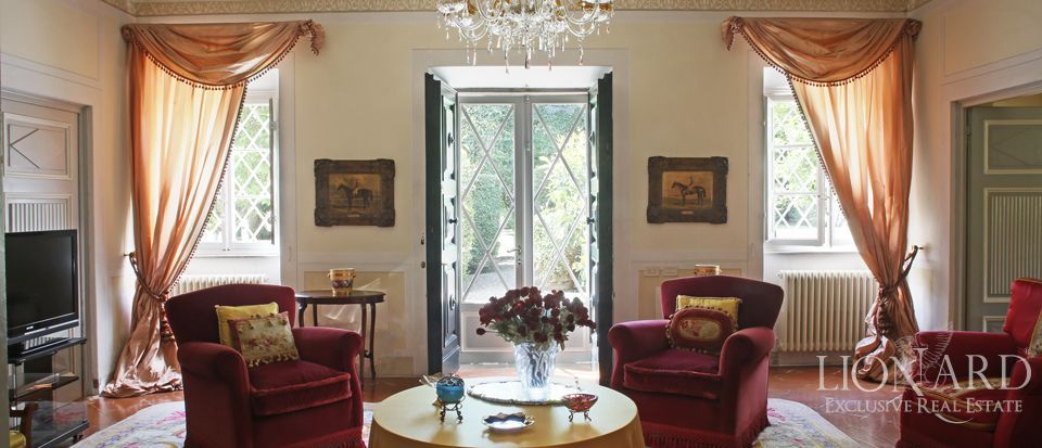 Historic villas for sale in Lucca Image 20