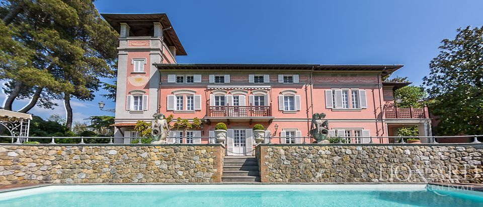 LUXURY VILLA FOR SALE ON THE HILLS OF PISA Image 1