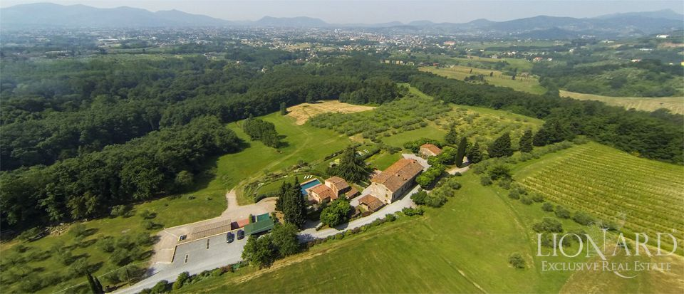 luxury estate for sale in lucca