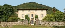prestigious villa for sale in lucca