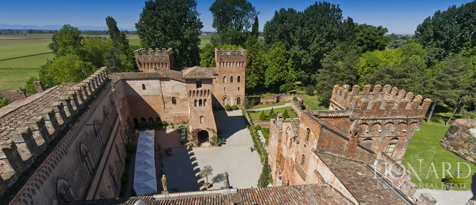 Castle for sale in Milan Image 28