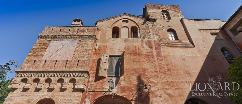 Castle for sale in Milan Image 18