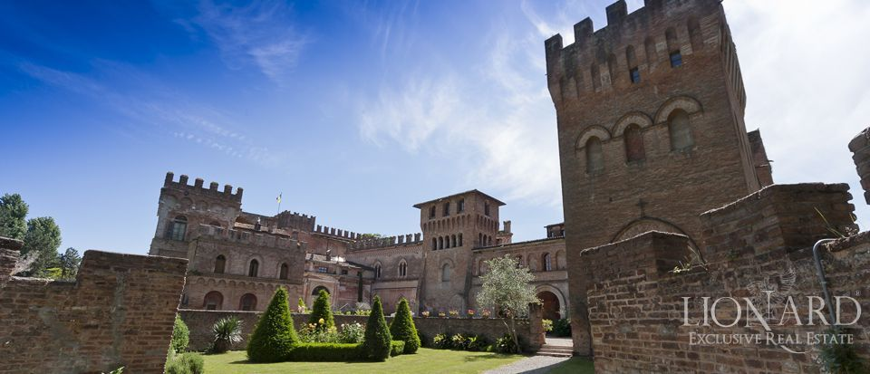 Castle for sale in Milan Image 15