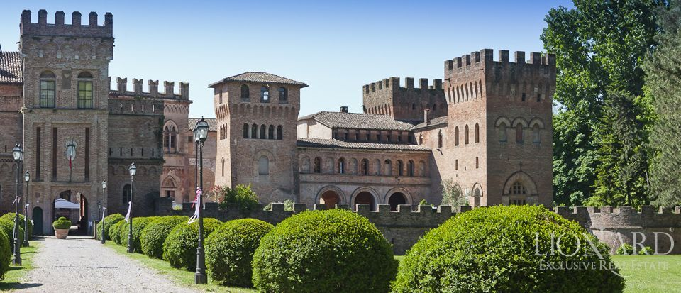 Castle for sale in Milan Image 10