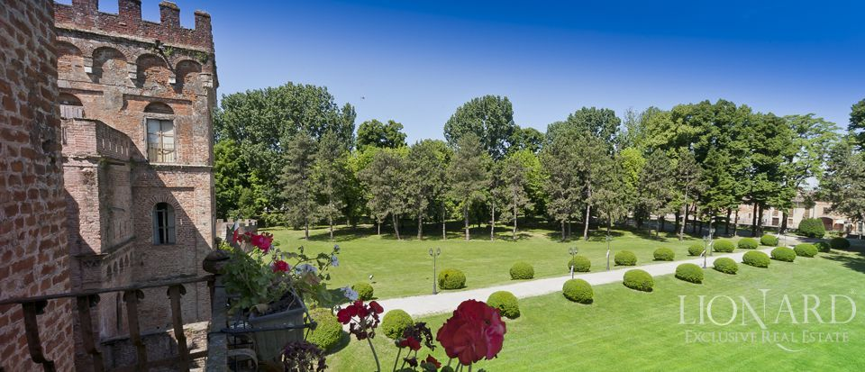 Castle for sale in Milan Image 9