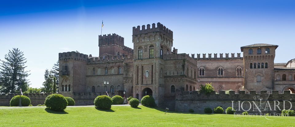 Castle for sale in Milan Image 7