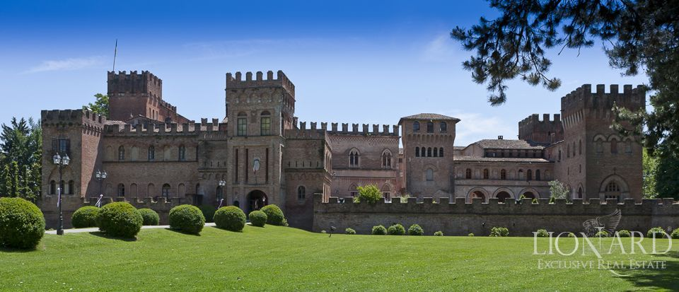 Castle for sale in Milan Image 6