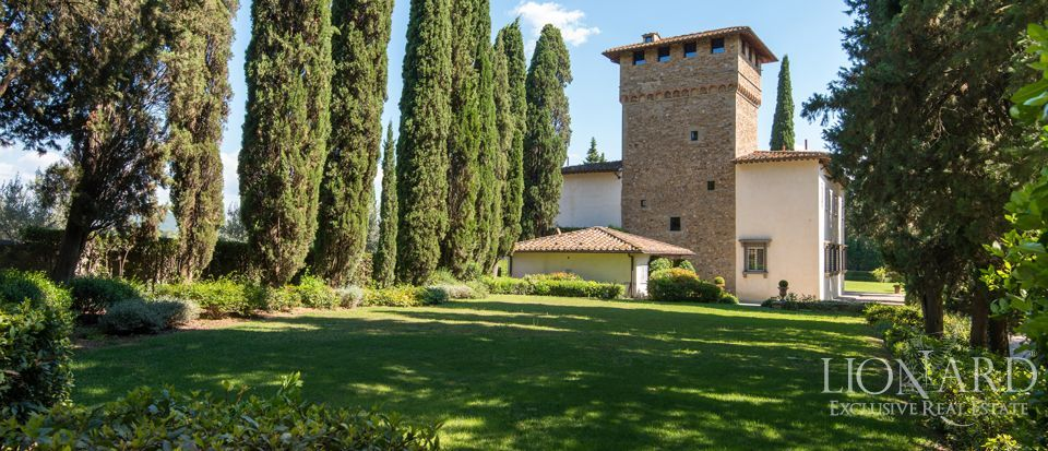 SPLENDID LUXURY VILLA FOR SALE IN FLORENCE Image 1