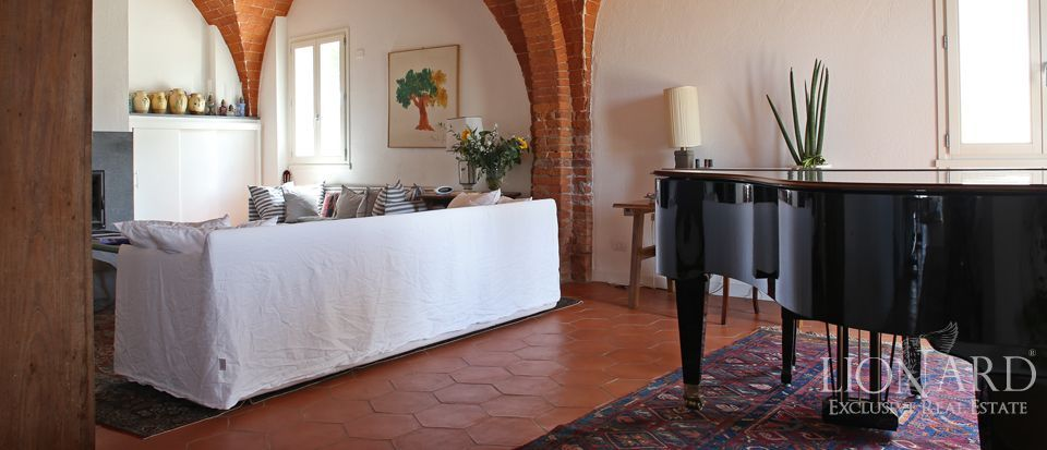 Estates for sale in Tuscany Image 25