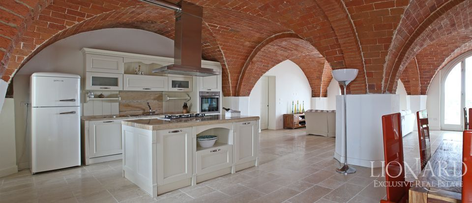 Estates for sale in Tuscany Image 20