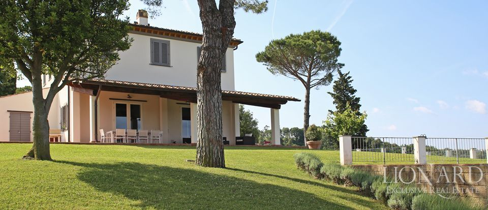 Estates for sale in Tuscany Image 10