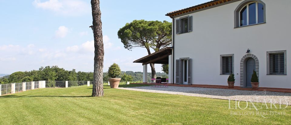 Estates for sale in Tuscany Image 8