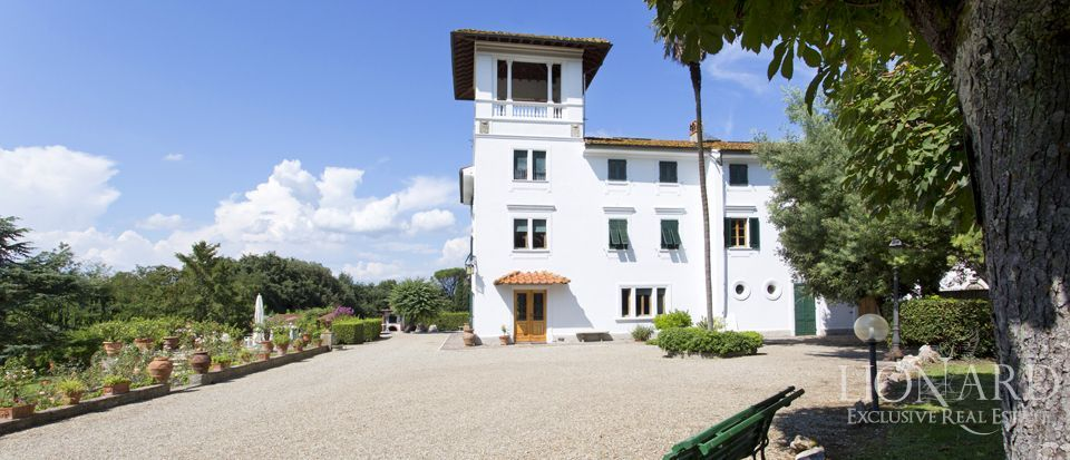 villa for sale in florence