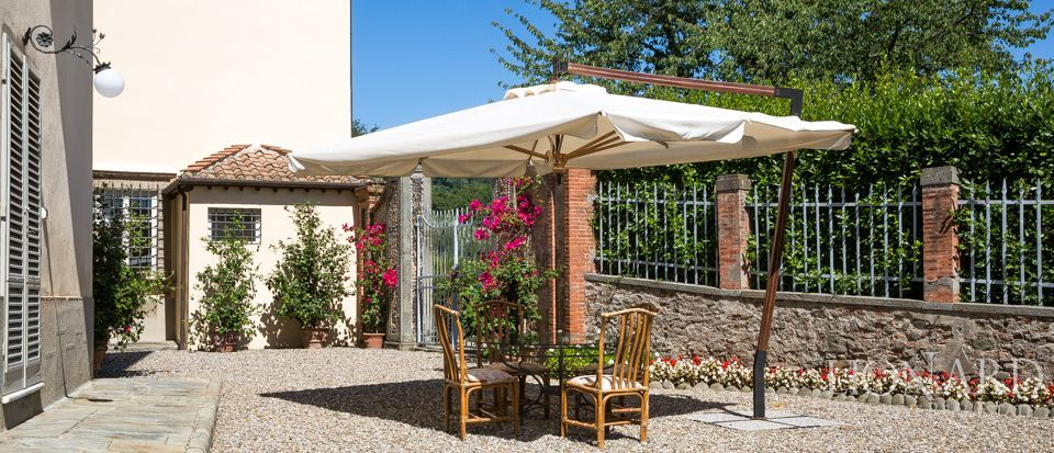 Luxory villas for sale in Lucca Image 11