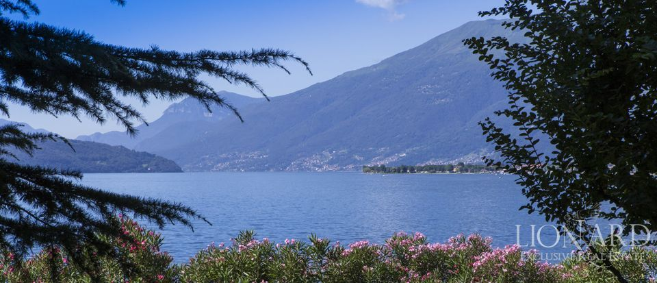 Luxury villa on Lake Como Image 37