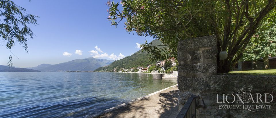 Luxury villa on Lake Como Image 36
