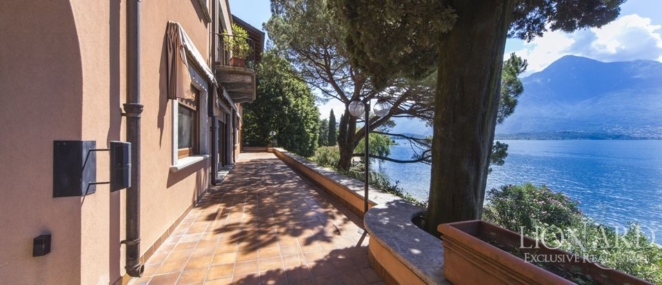 Luxury villa on Lake Como Image 3