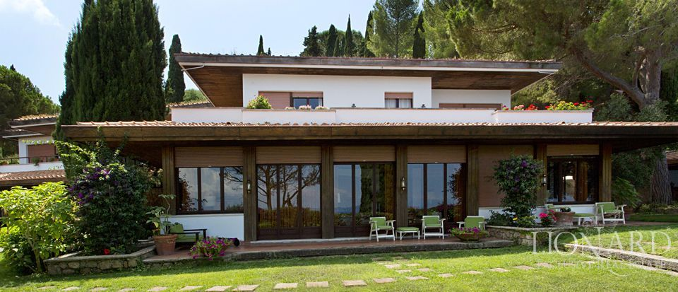 ko luxury villa for sale in argentario 1