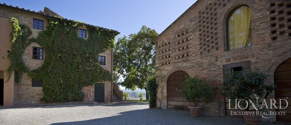 historic farm for sale tuscany