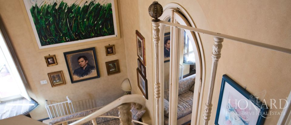Florence, luxury villas for sale Image 25
