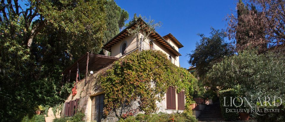 Florence, luxury villas for sale Image 2