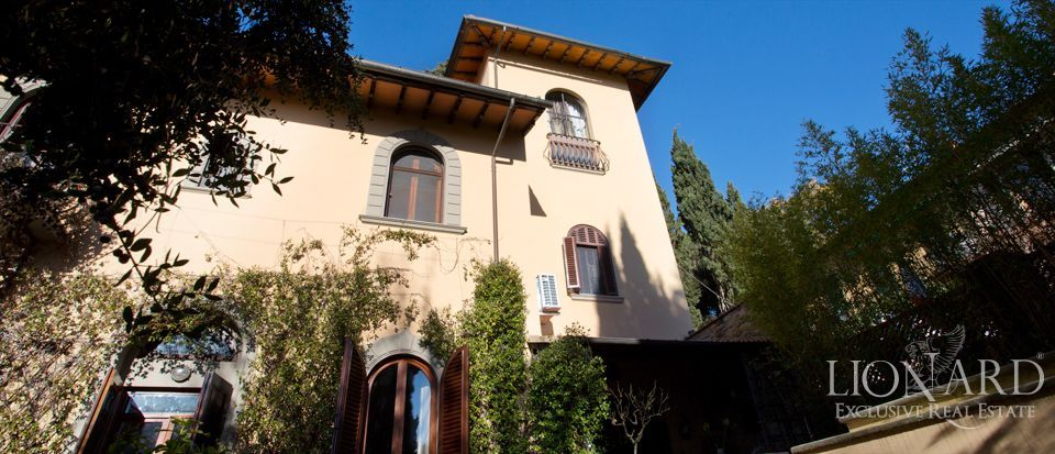 Florence, luxury villas for sale Image 1