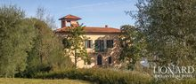 luxury villa perugia for sale