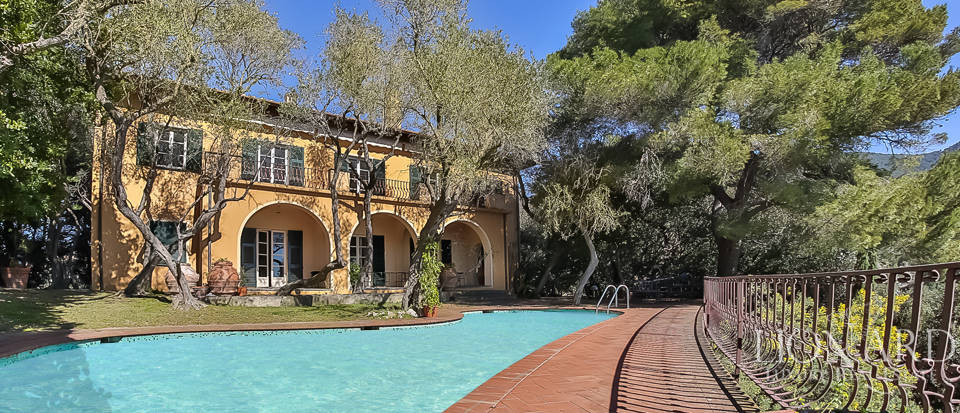 Luxury house in Lerici with pool Image 1
