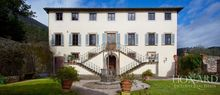 historical luxury villa for sale in lucca